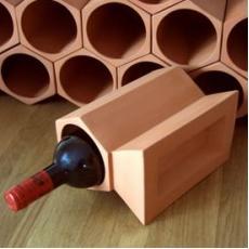 Terracotta wine rack key stone