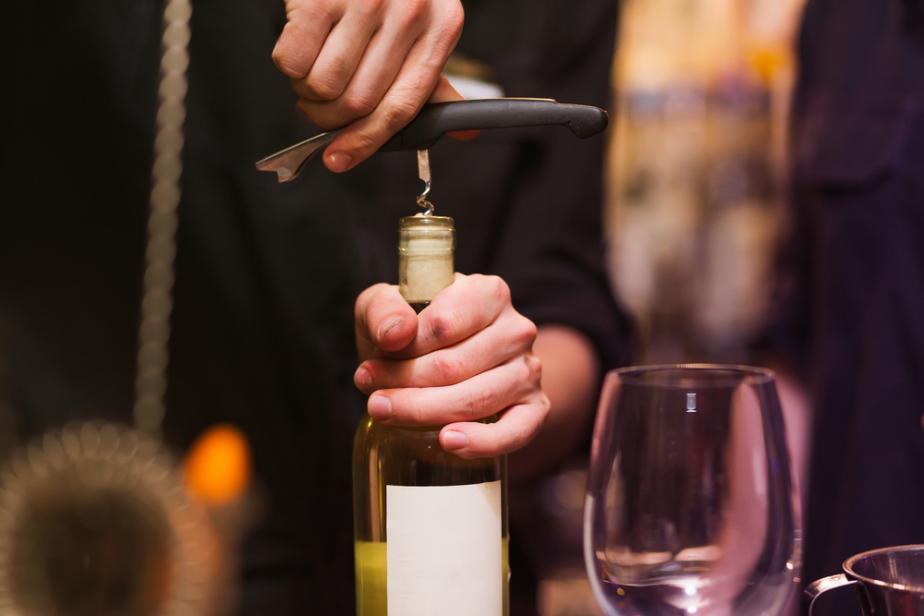 open-bottle-night-wine