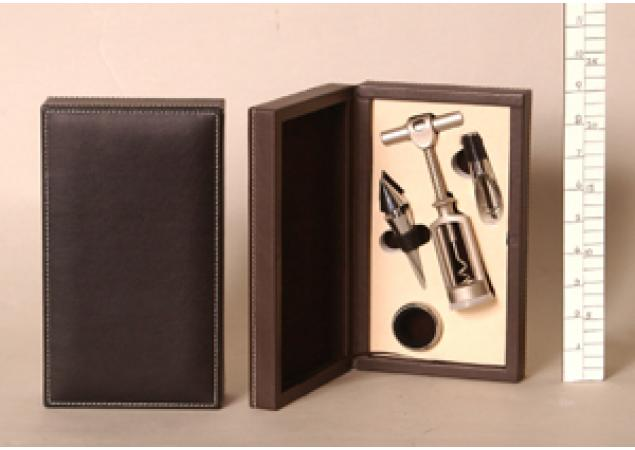 Four piece bar set in presentation box. image