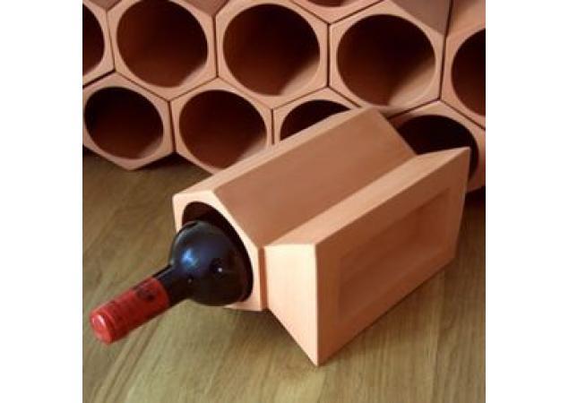 Terracotta wine rack key stone image